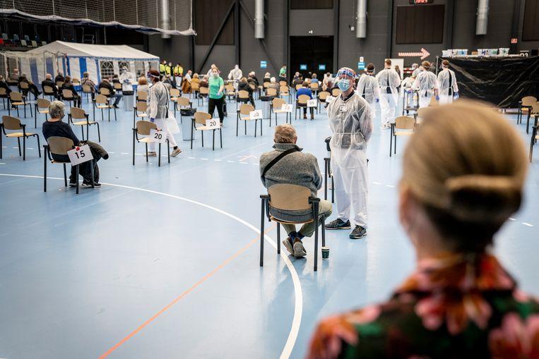 Een vaccinatiecentrum in Denemarken. Beeld EPA