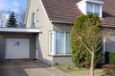 Het gesloten huis, aan de Wezel in Veldhoven. Ruim twee weken geleden werd er 170 kilo cocaïne gevonden.
