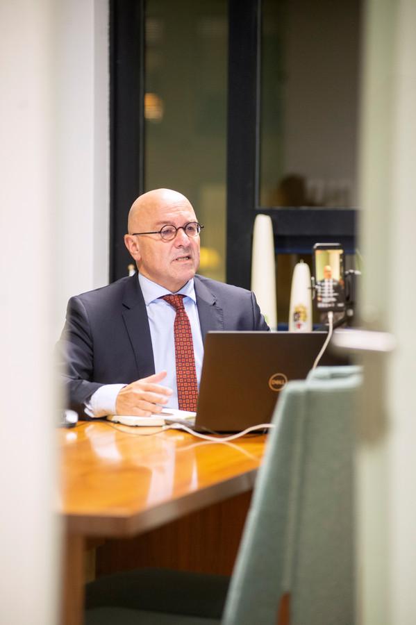 Kees van Rooij, burgemeester van Meierijstad.