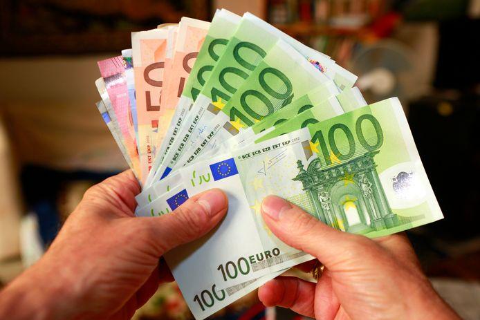Au total, les Belges possèdent aujourd'hui 1.146,5 milliards d'euros d'économies et d'investissements, sans les crédits et l'immobilier.