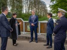 Diessen lost na 81 jaar een ereschuld in en onthult een nieuwe brug