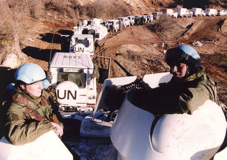 Een Nederlands VN-konvooi op weg naar Lukavac. Beeld ANP