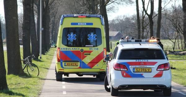 Voetganger gewond na botsing met wielrenner in Rijssen.
