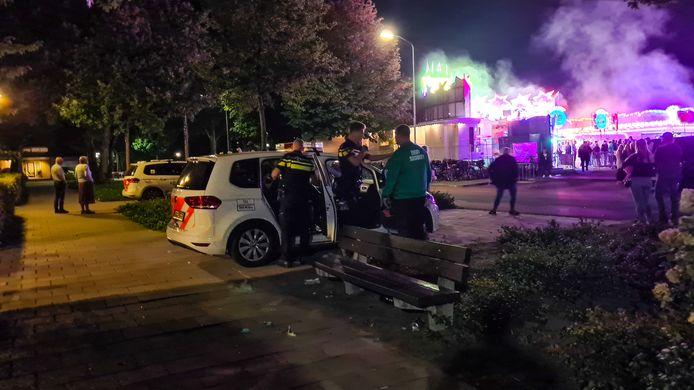 Opnieuw moest de politie zaterdagavond uitrukken voor ongeregeldheden op de kermis in Nijkerk.