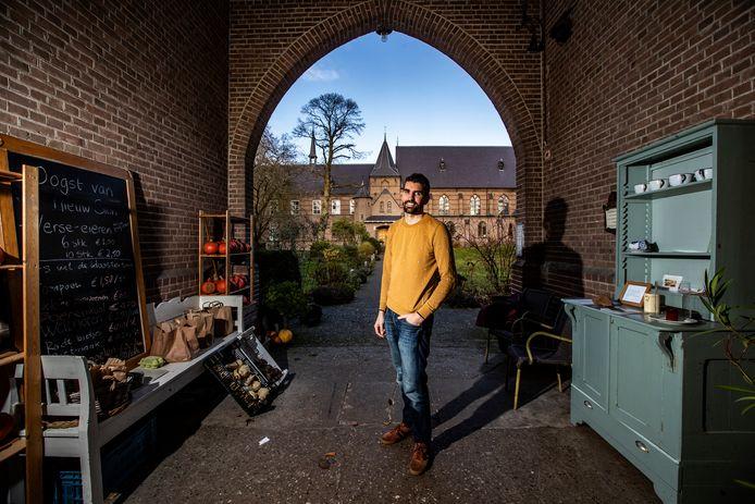 Marten IJmker, een van de directeuren van Klooster Nieuw Sion in Diepenveen over het opnieuw openen van een tijdelijke camping in de zomermaanden: ,,We kregen zoveel enthousiaste reacties van mensen. Ze vonden het zo fijn dat het juist een heel eenvoudige camping is.''