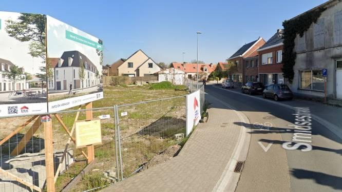 Smidsestraat afgesloten voor bouw flatgebouw, alleen plaatselijk verkeer mogelijk