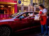 Coronaproof door de drive-thru van Alfredo's: alsof je door de teststraat rijdt, maar dan véél leuker