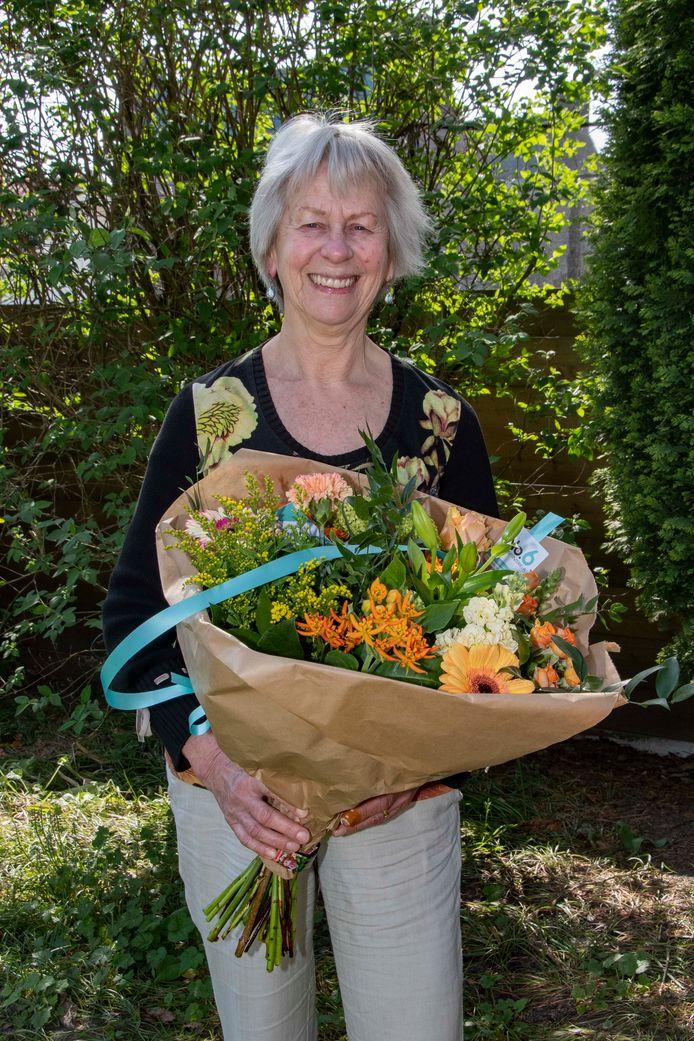 Mevrouw A. (Adrie) van Zuijlen-Timmer (73) uit Hilvarenbeek