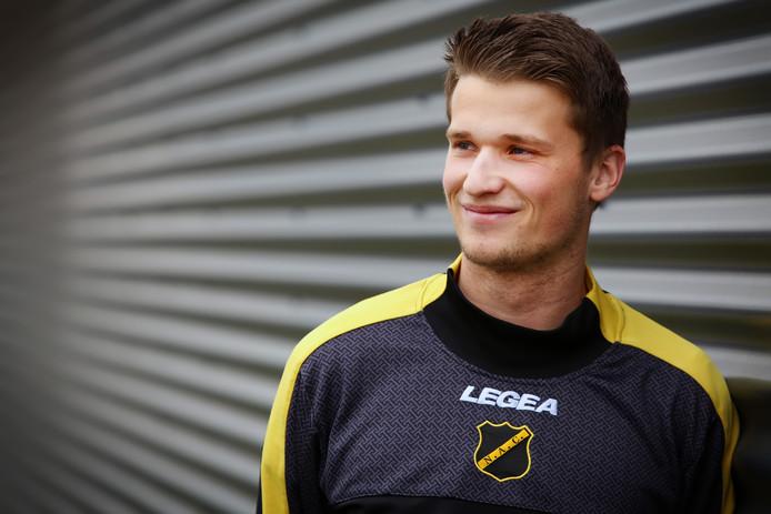 Lucas Schoofs is middenvelder bij NAC, maar wkam al veertien maanden niet in actie.
