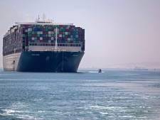 Après 100 jours d'immobilisation, le porte-conteneur qui avait bloqué le canal de Suez a levé l'ancre