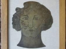Koperen grafplaat is nieuwste aanwinst van Brugse musea