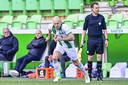 Arjen Robben komt het veld in tijdens het Eredivisie-duel tussen FC Groningen en SC Heerenveen van afgelopen weekend. Hiermee begonnen zijn eerste speelminuten sinds hij zes maanden geleden geblesseerd raakte.
