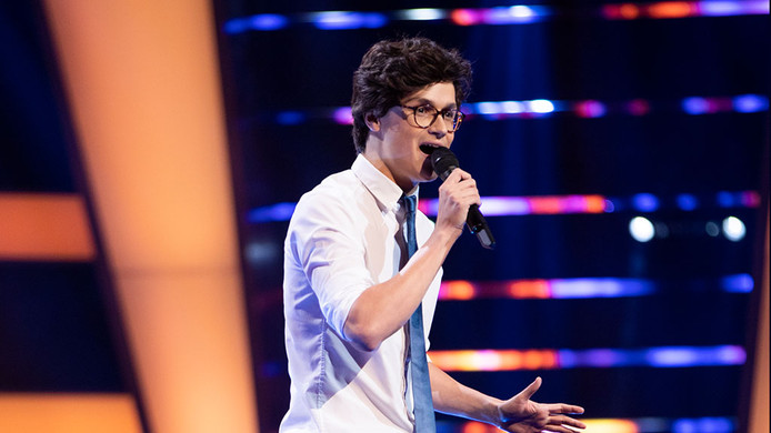 Dennis van Aarssen uit Spijk doet mee aan The Voice of Holland.