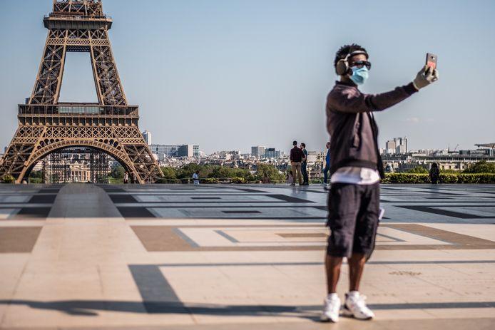 La plus forte décrue est observée en France cette semaine.