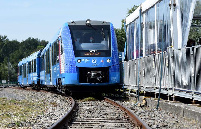 De Coradia iLint van de Franse treinbouwer Alstom is de eerste waterstoftrein ter wereld.  Beeld AFP