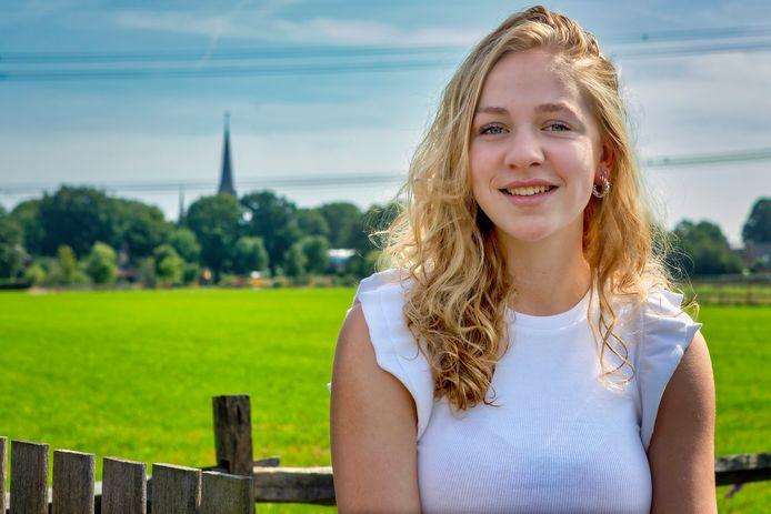 Den Hout - 06-09-2021 - Pix4Profs / Johan Wouters - Lieve van Berkel uit Den Hout voor de rubriek Jong In ...