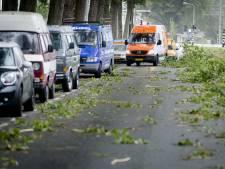 Rijkswaterstaat: Ga niet de weg op tot storm voorbij is