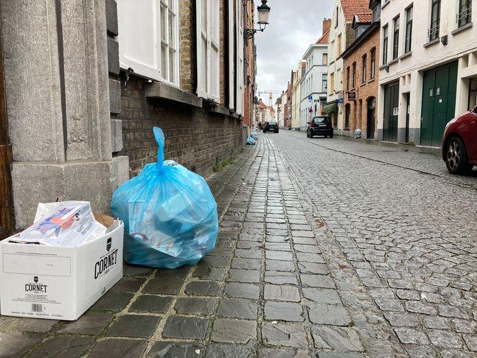 Vanaf 1 april mag er in heel Vlaanderen meer in de blauwe pmd-zak.