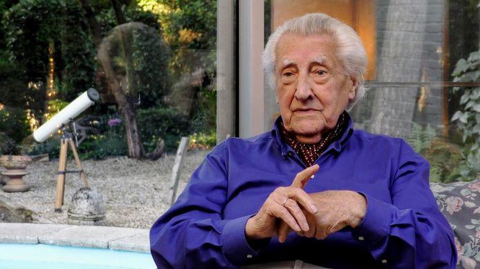 Paul Van Hoeydonck in de documentaire The Fallen Astronaut.
