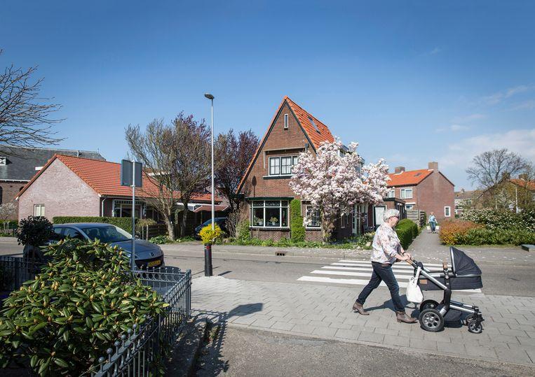 Spaarndam-Oost, bij Haarlem, heeft een dorpsraad. Van de 1100 lokale burgerraden in Nederland bevinden zich 200 in Friesland.  Beeld Dingena Mol / HH