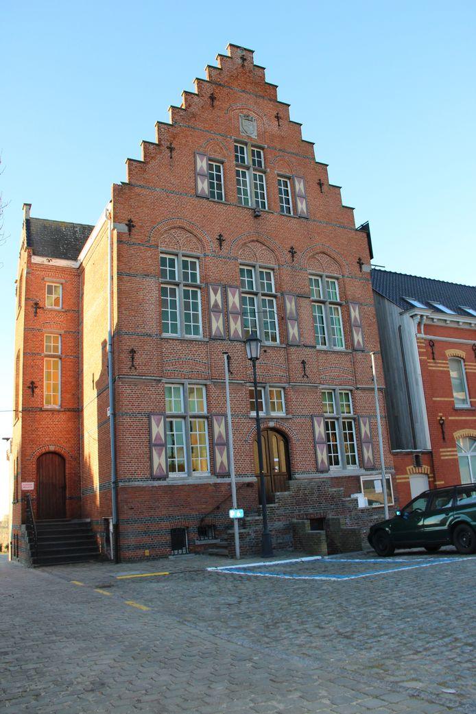 Het gemeentehuis van Horebeke.