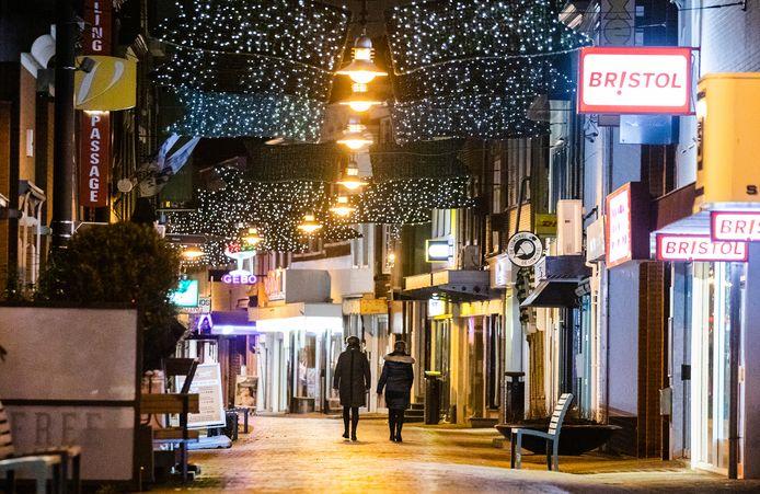 Winkelstraat in Oud-Beijerland.