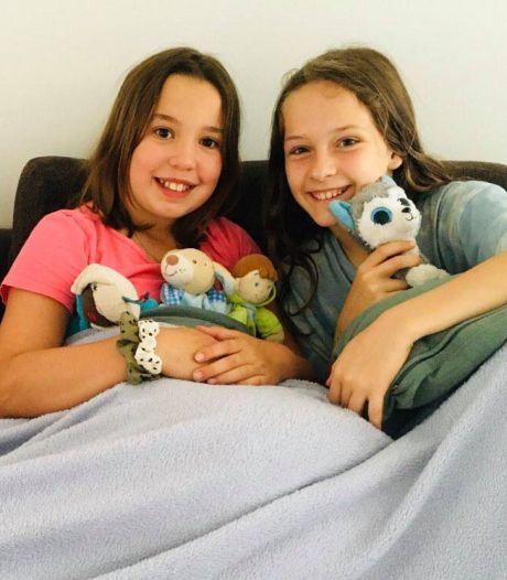"""Nora et Muka sauvent un enfant de six ans de la noyade dans une piscine: """"On a vu des bulles dans l'eau"""""""