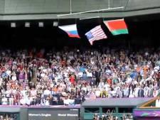 Le drapeau américain tombe sous les yeux de Serena