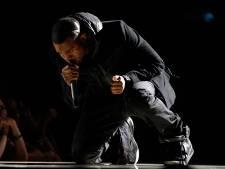 Sneakers van Kanye West moeten 1 miljoen dollar opbrengen