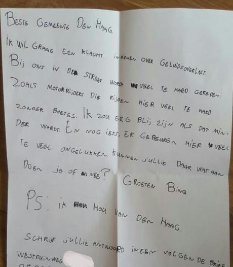 Binq (9) schrijft een brief aan de gemeente: 'Bij ons in de straat wordt veel te hard gereden'