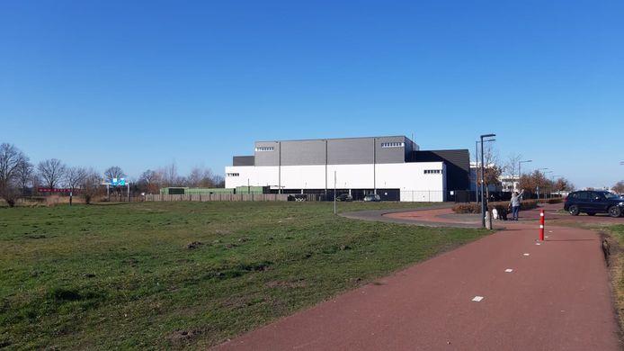 Op dit braakliggend terrein aan de Meulenspie in Teteringen wil de gemeente Breda 72 appartementen bouwen.