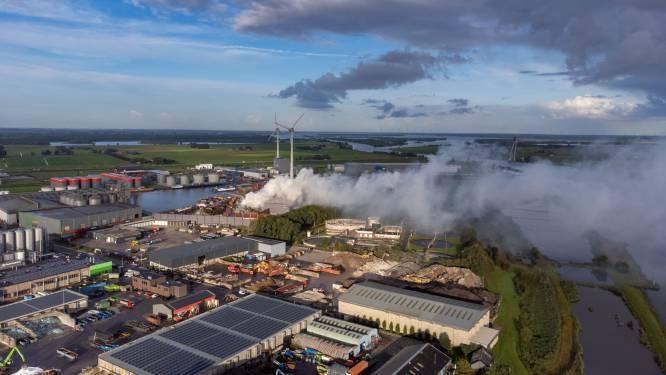 Onderzoek naar oorzaak brand bij metaalverwerker in Kampen nog niet afgerond