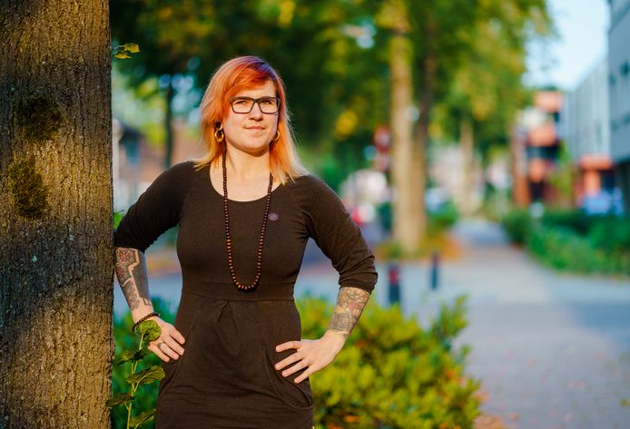 Romana verloor haar baan in mei. Iedere dag werd ze gestrest wakker omdat ze op tijd een nieuwe baan wilde vinden.
