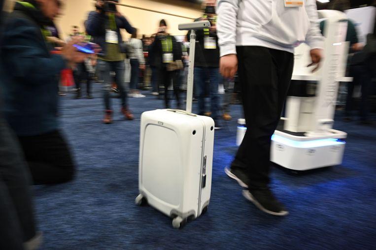 Dankzij de OVIS Suitcase hoef je nooit nooit nog bagage mee te sleuren; je reiskoffer volgt je overal. Beeld AFP