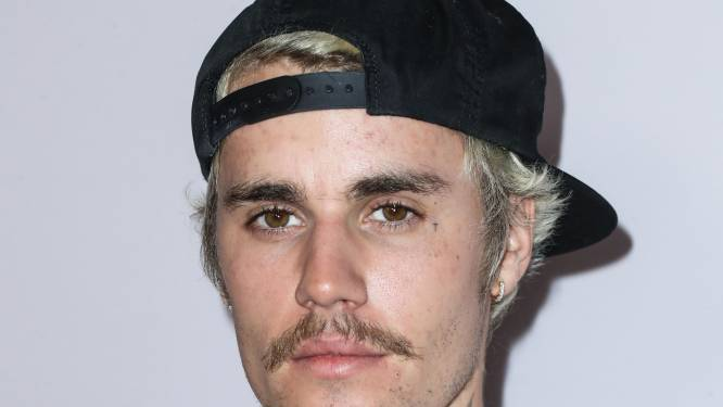 Justin Bieber onder vuur vanwege dreadlocks