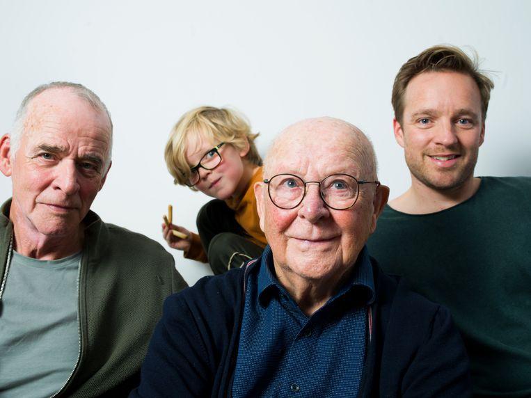Henk van der Aa (66), Rinus Bruckman (93) en Jeroen van der Aa (37). Beeld Eva Roefs