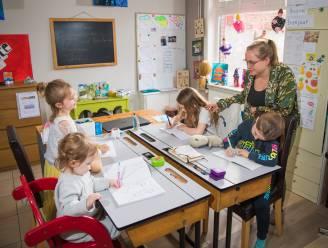 """Sinds corona krijgen derde meer kinderen thuisonderwijs: """"Voor het eerst snappen ze het"""""""