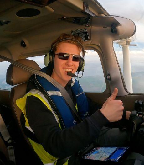 Les images splendides ramenées par le plus jeune pilote à boucler un tour du monde en solo