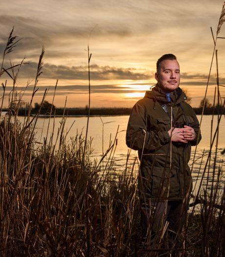Natuurliefhebber Mathieu dolblij met nieuwe baan als boswachter: 'Ik ben altijd buiten'