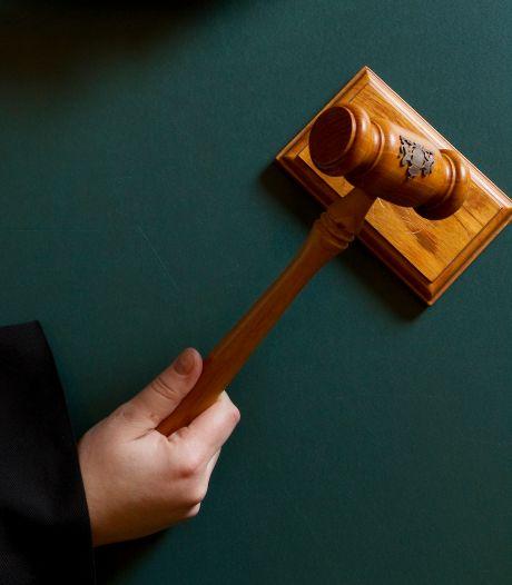 Wijchenaar moet drie jaar wegblijven bij slachtoffers, ook werkstraf voor belagen van vooral ex-schoonfamilie