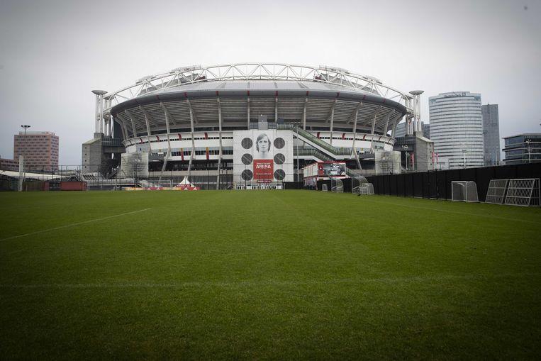 Op dit moment heeft Ajax slechts 13 procent van de aandelen in de Johan Cruijff Arena in bezit. Beeld ANP