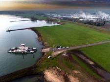 Drones maken een week lang beelden van de Waaldijk