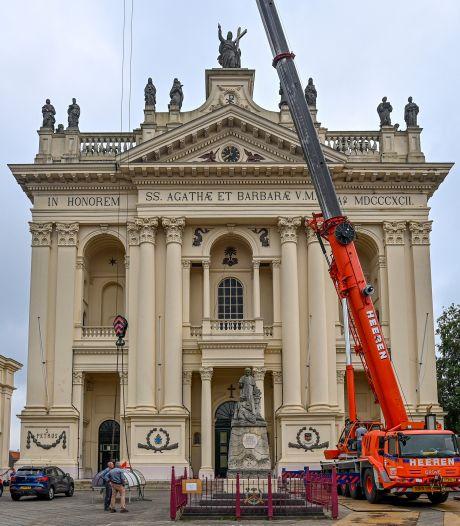 'Een hele flinke klus': Na 73 jaar nieuwe lagers voor de klokken van de Basiliek