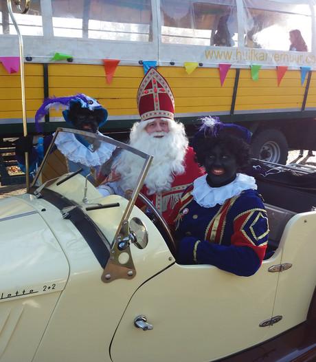 In Esbeek komt de Sint aan met een pakjes-lelijke eend