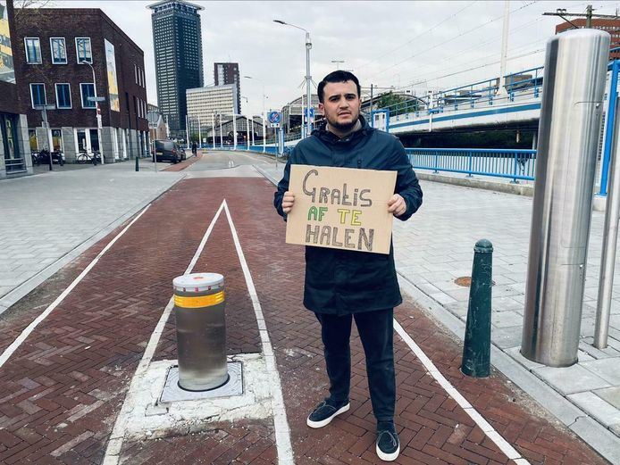Hart voor Den Haag biedt op Marktplaats een 'gratis poller' aan.