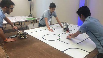 Scholen bekampen elkaar in finale Robocup Junior