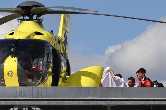 De helikopter bracht Froome naar het Centre Hospitalier in Roanne.