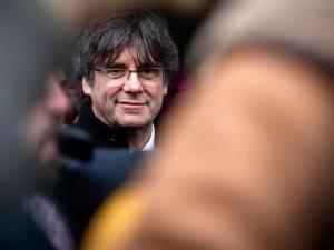 Les mandats d'arrêt européens contre Carles Puigdemont et Toni Comin restent suspendus