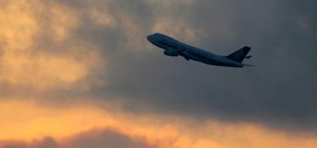 49 passagers positifs à la Covid-19 sur un vol arrivant de Delhi