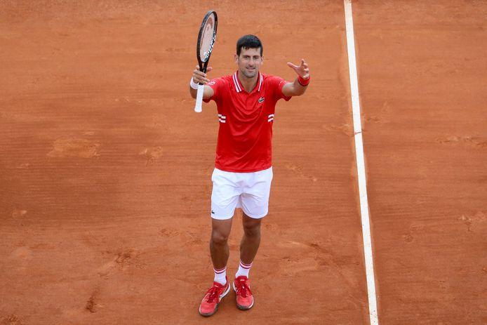 Une victoire en deux petits sets: Novak Djokovic est de retour.